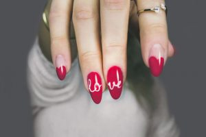 Rodzaje malowania paznokci