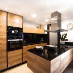 Na jakie wyposażenie kuchni warto się zdecydować w tym sezonie?