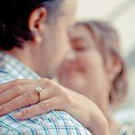 Profile obrączek zaręczynowych – jakie są najtrwalsze?